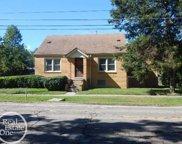 33737 Beaconsfield, Clinton Township image