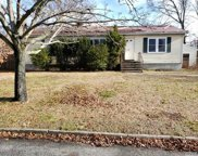 93 10 Ave, Holtsville image