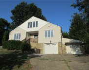212 Stonebrook Dr, Peters Twp image