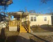 1610 Lake Avenue, Panama City image