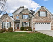 7349 Meadow Chase, Lewisville image