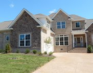 1044 Luxborough Dr, Hendersonville image