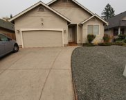 1108 Nw F  Street, Grants Pass image