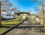 155 Flower Hill  Drive, Shirley image
