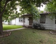 116 Mesquite Ave, Luling image