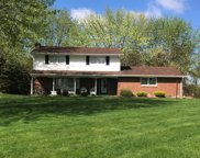 4013 Englewood Dr, Raccoon Twp image