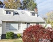 485 Clift  Street, Central Islip image