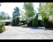 5676 S Cottonwood Ln, Holladay image