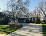 1102 West Cypress Drive, Arlington Heights image