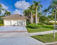 570 Coconut Cir, Weston image