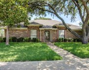 2338 Woodglen, Richardson image