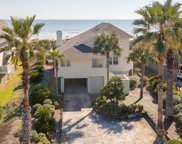 8 Sand Dune Lane, Isle Of Palms image
