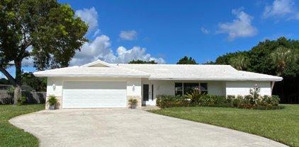 2073 Ascott Circle, North Palm Beach