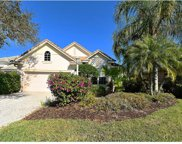 6647 Oakland Hills Drive, Lakewood Ranch image