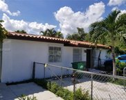 2500 Sw 89th Ave, Miami image