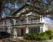 121 W Woodlawn Ave, San Antonio image