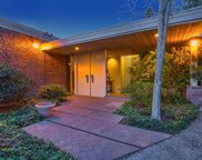 1535 BLUE JAY Way, Los Angeles (City) image