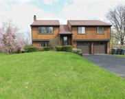 424 Anna Marie Dr, Cranberry Twp image