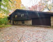 221 E Sheridan Road, Lake Bluff image