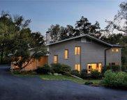 30 Oak Bend  Court, Ladue image