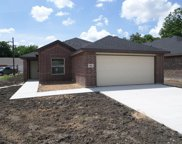 405 13th, Grand Prairie image