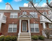 429 Commons Circle, Clarendon Hills image