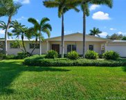 13725 Sw 83 Ct, Palmetto Bay image