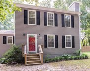 809 Vickilee Court, Chesterfield image