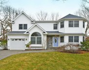 105 8th Ave, Holtsville image