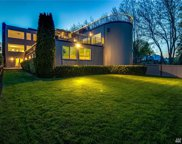 2654 39th Ave W, Seattle image