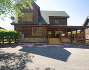 2062 Bear Haven Way, Sevierville image
