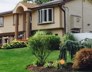11 Valley Forge Dr, Wheatley Heights image
