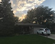 33843 MINT, Sterling Heights image