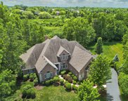 1 Saddle Ridge Court, Hawthorn Woods image