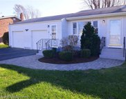 42 Squantum DR NW, Middletown, Rhode Island image