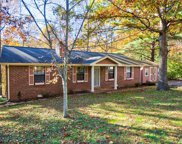 1022 Hilltop Rd, White House image