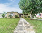 324 Nw 105th St, Miami image