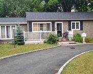 183 Brentwood  Street, Bay Shore image