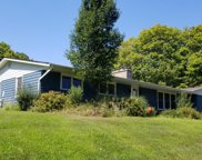 38 Middle Road, Greenport image