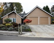 8905 SW REILING  ST, Tigard image