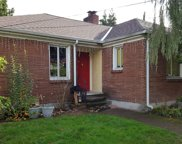 916 32nd Ave S, Seattle image