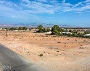 Russell, Las Vegas image