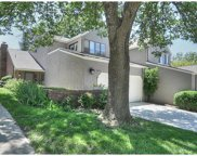 6235 Rosewood, Mission image
