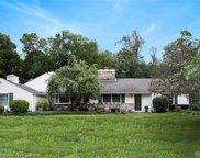 5745 Crabtree, Bloomfield Twp image