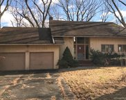 653 Hollydale  Road, Fairfield image