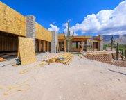 6081 N Vista Valverde, Tucson image