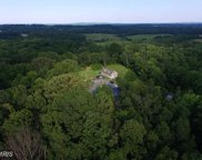 19068 AIRMONT ROAD, Purcellville image