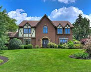 1500 Fox Chase, Franklin Park image