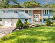 11 Stanwich  Road, Smithtown image