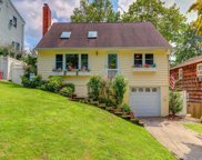 24 Forester Ct, Northport image